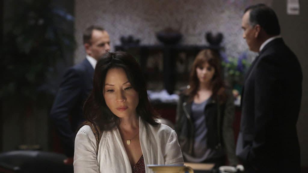 Elementary Season 3 :Episode 6  Terra Pericolosa