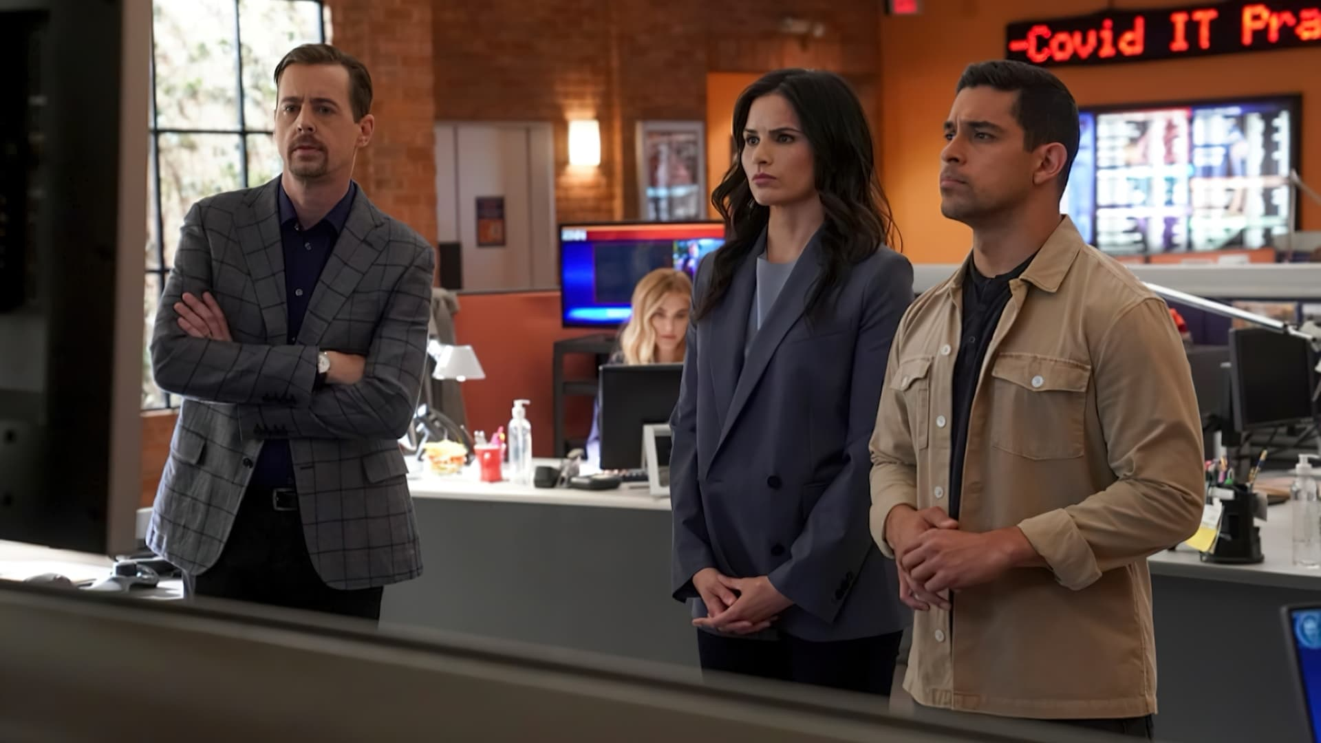NCIS Season 18 :Episode 15  Blown Away