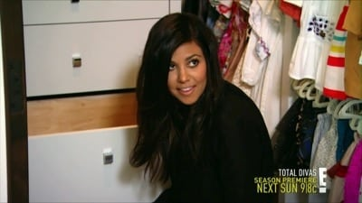 Keeping Up with the Kardashians Season 9 :Episode 19  Rocking the Cradle