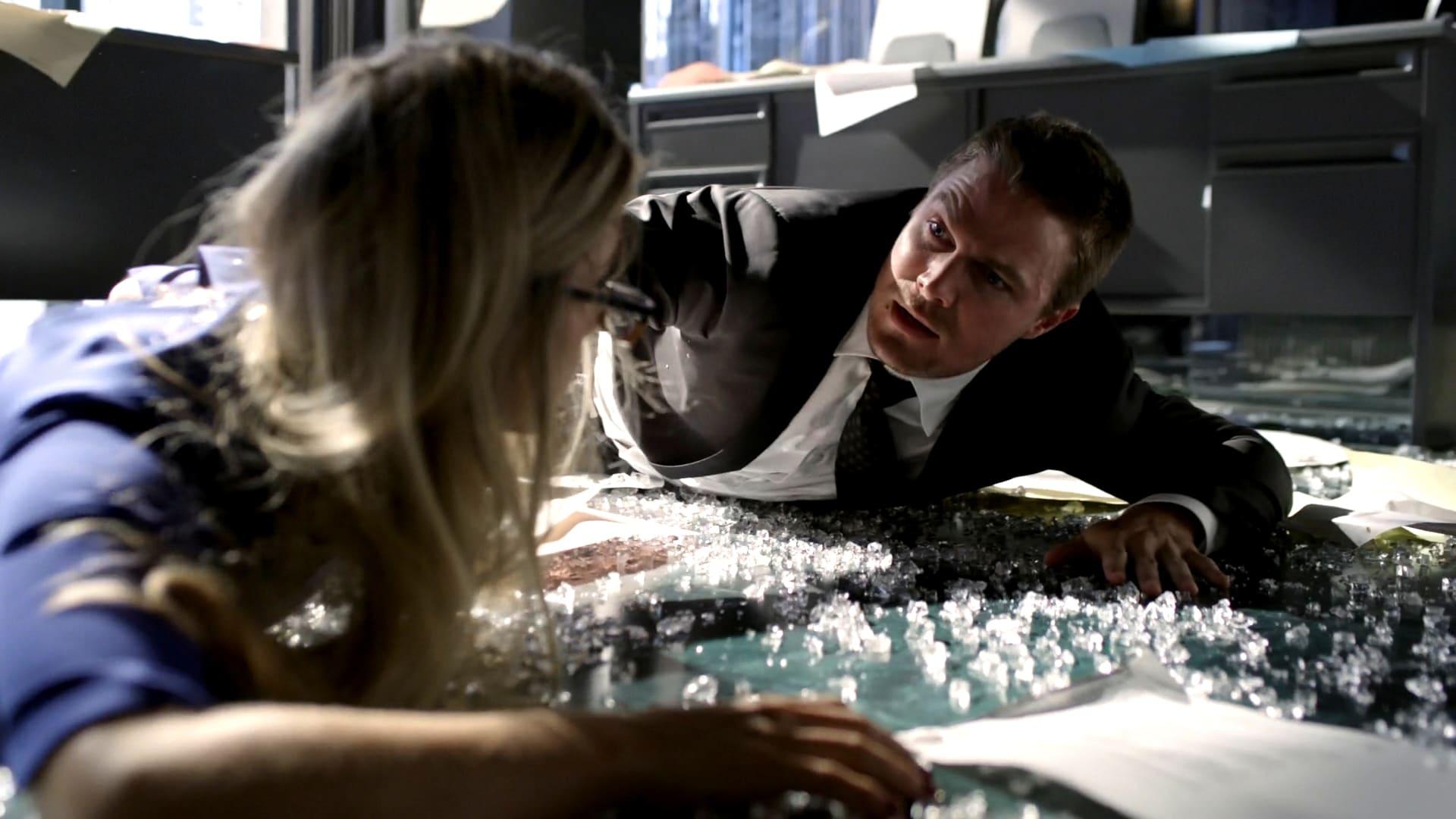 Arrow Season 2 :Episode 1  Feindliche Übernahme