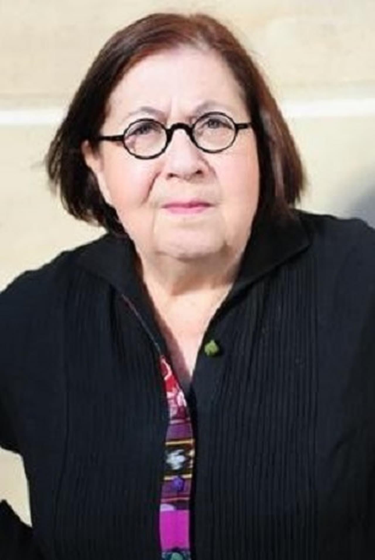Annie Savarin
