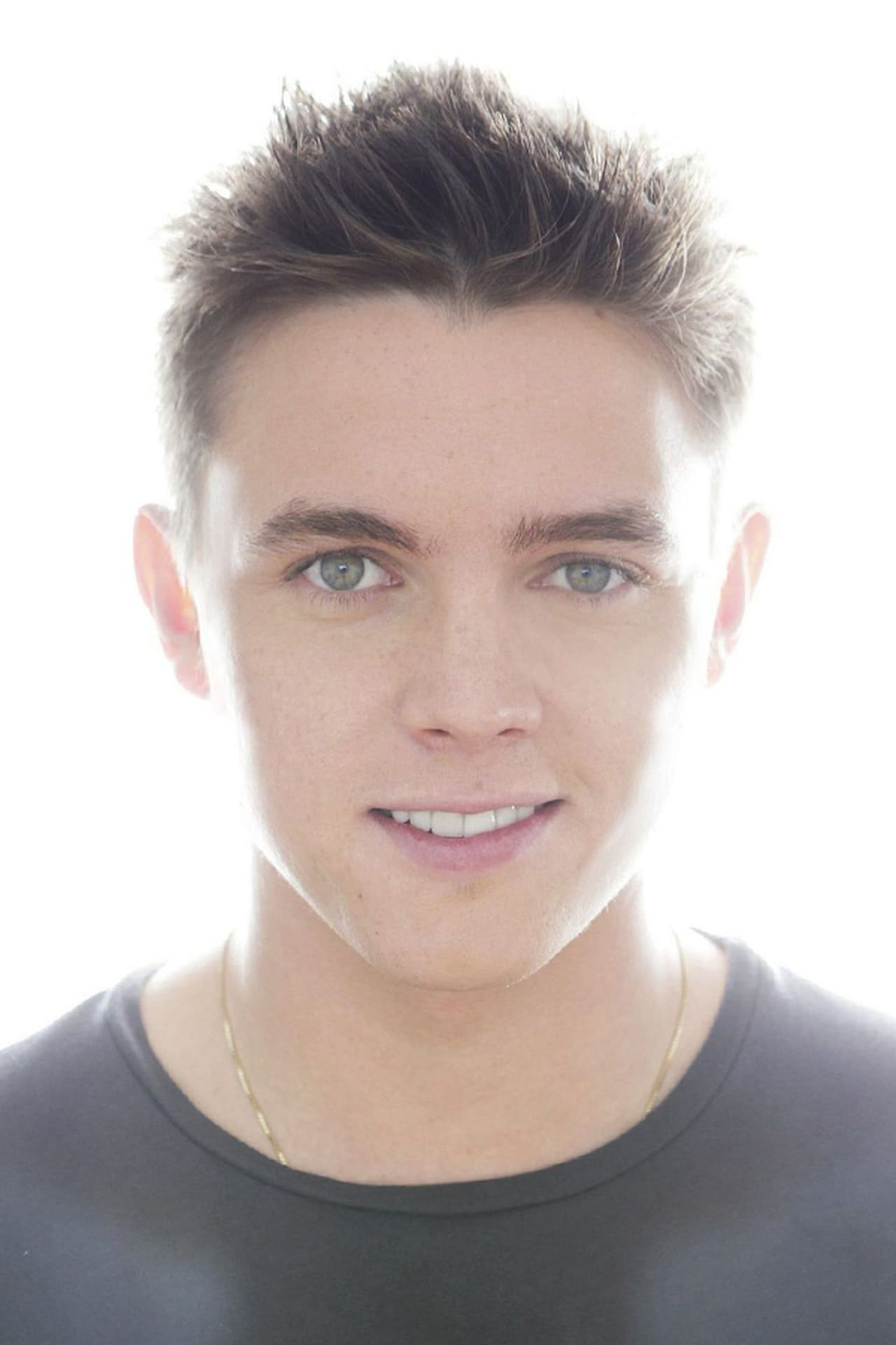 Jesse McCartney isChris
