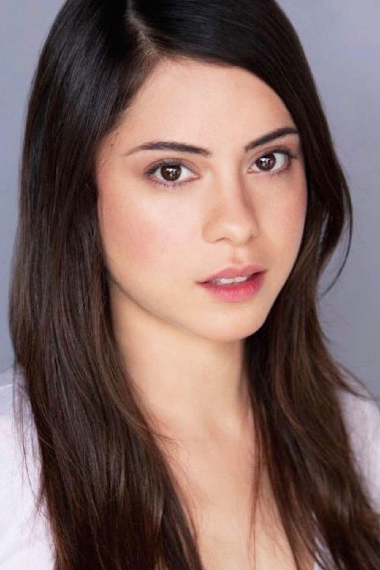 Rosa Salazar isLucy