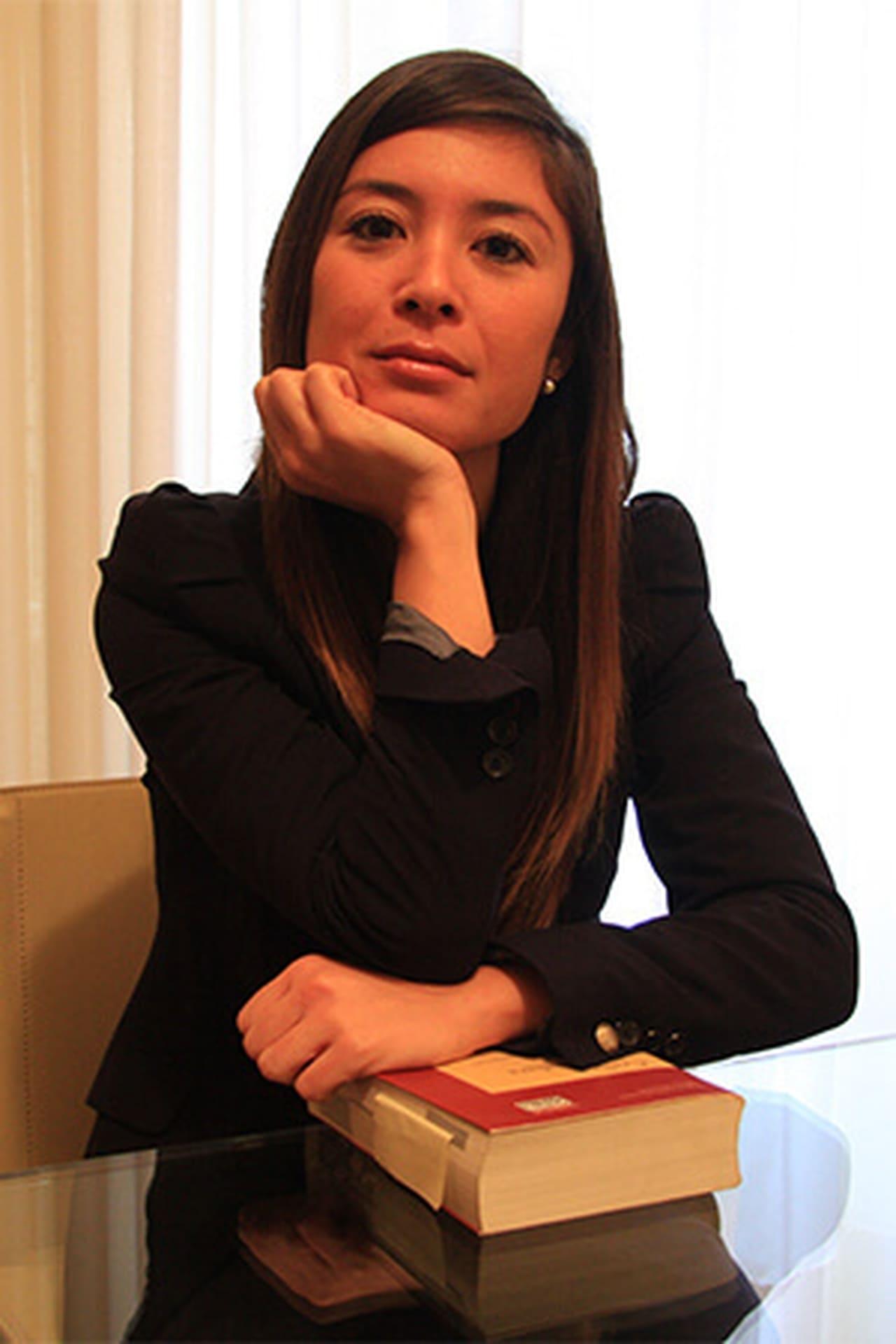 Eiko Yamada isMai (voice)