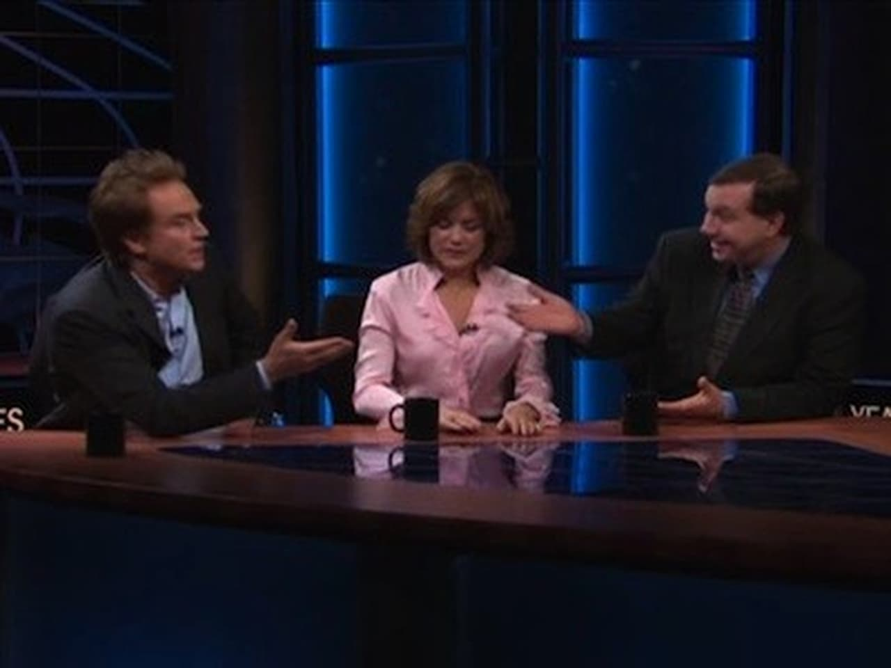 Real Time with Bill Maher - Season 5 Episode 13 : May 18, 2007