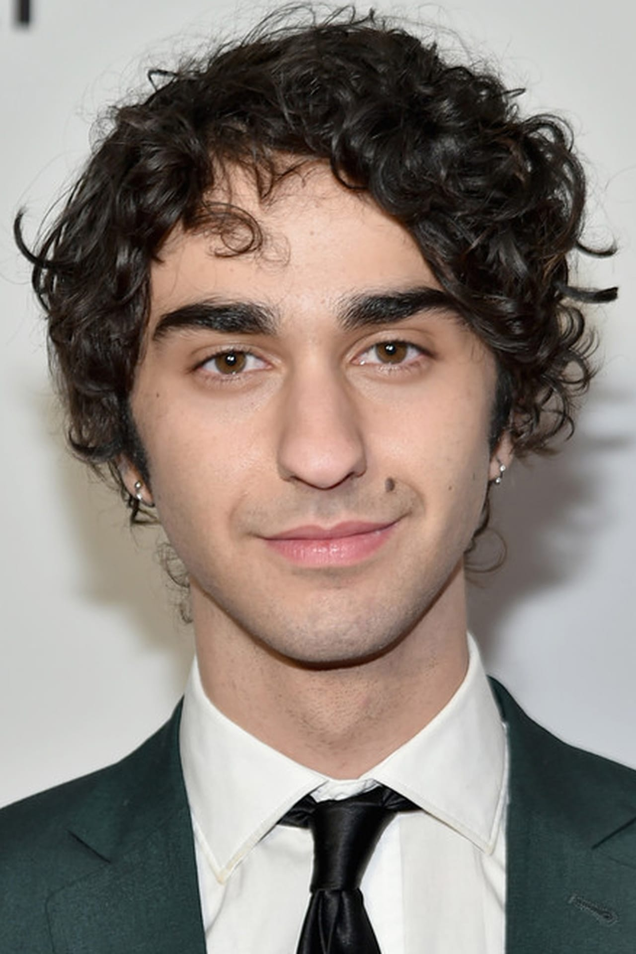 Alex Wolff isPeter Graham