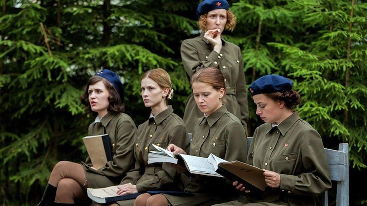 семье без фильм где военный мучается с тремя девушками одновременно поражены