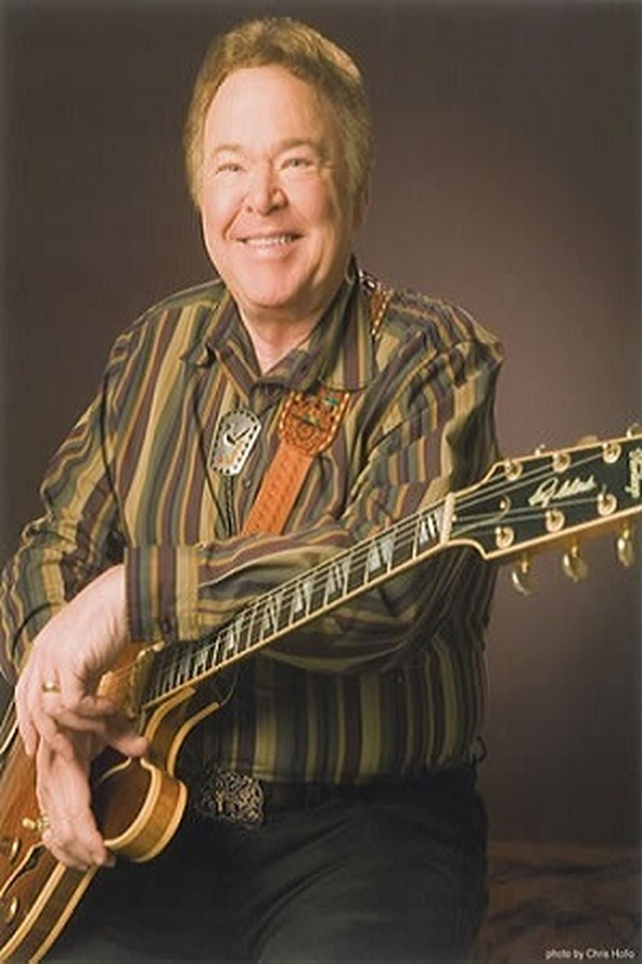 a biography of roy clark Roy clark is an american country musician who has a net worth of $1 million born in meherrin, virginia on april 15, 1933, clark has been an active musician since 1950.