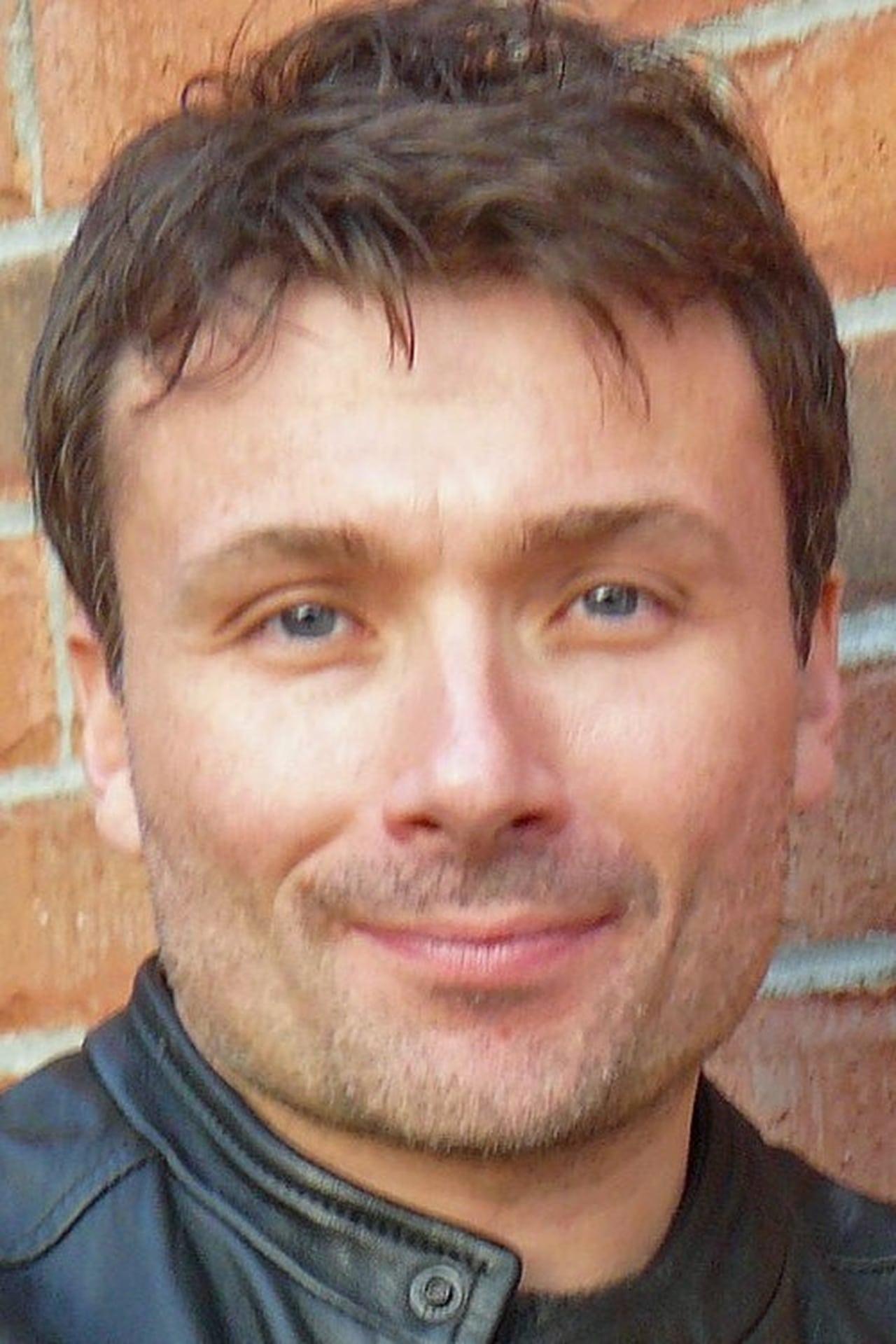 Simon Fon