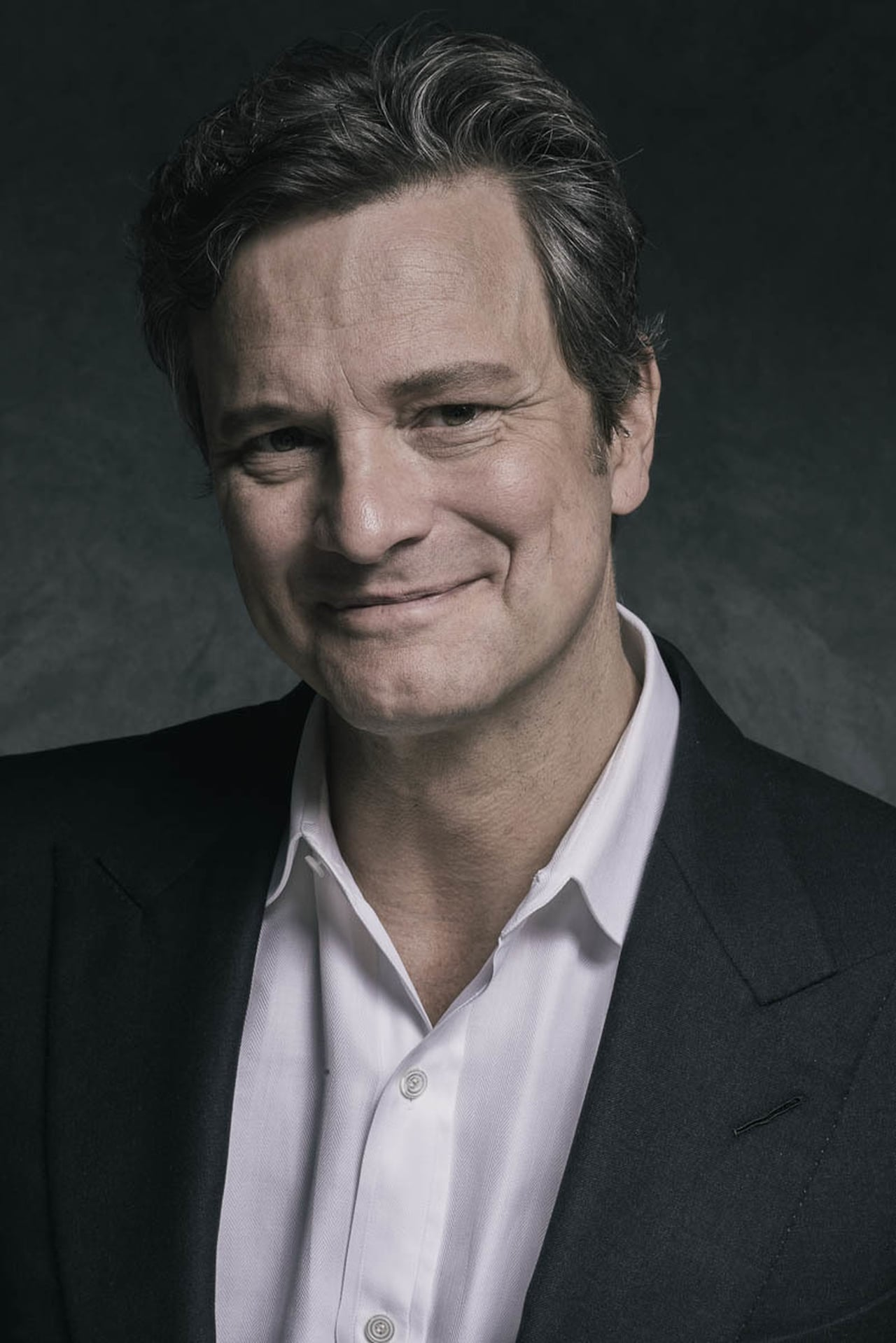 Colin Firth isCommodore David Russell