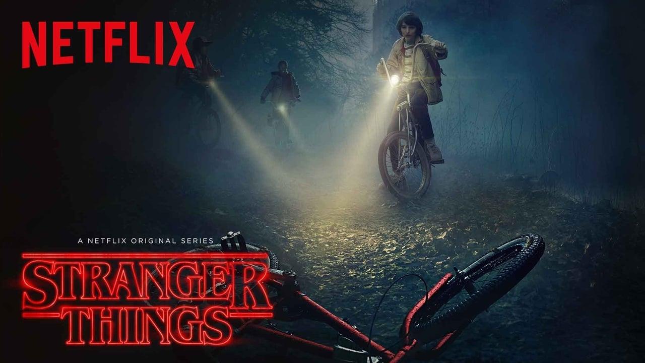 Stranger Things Season 1 Episode 3 : Chapter Three: Holly, Jolly