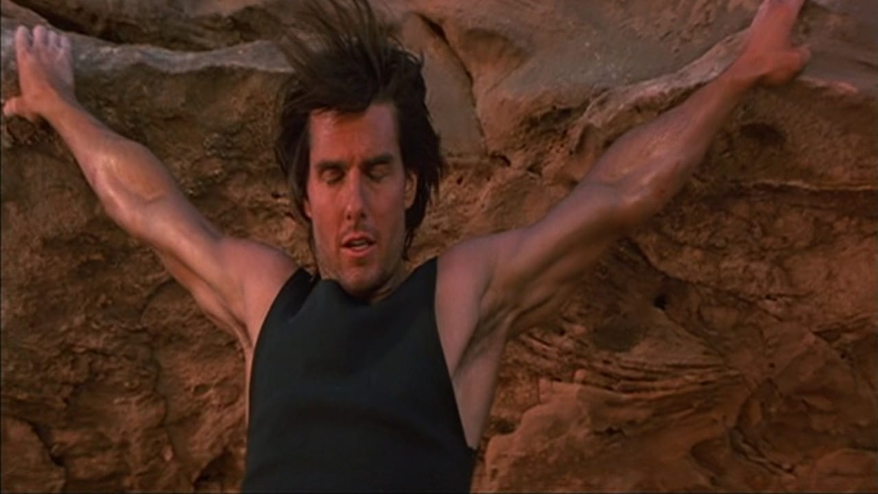 Mission: Impossible 2 - Kritik | Film 2000 | Moviebreak.de Tom Cruise Mission Impossible 2 Rock Climbing