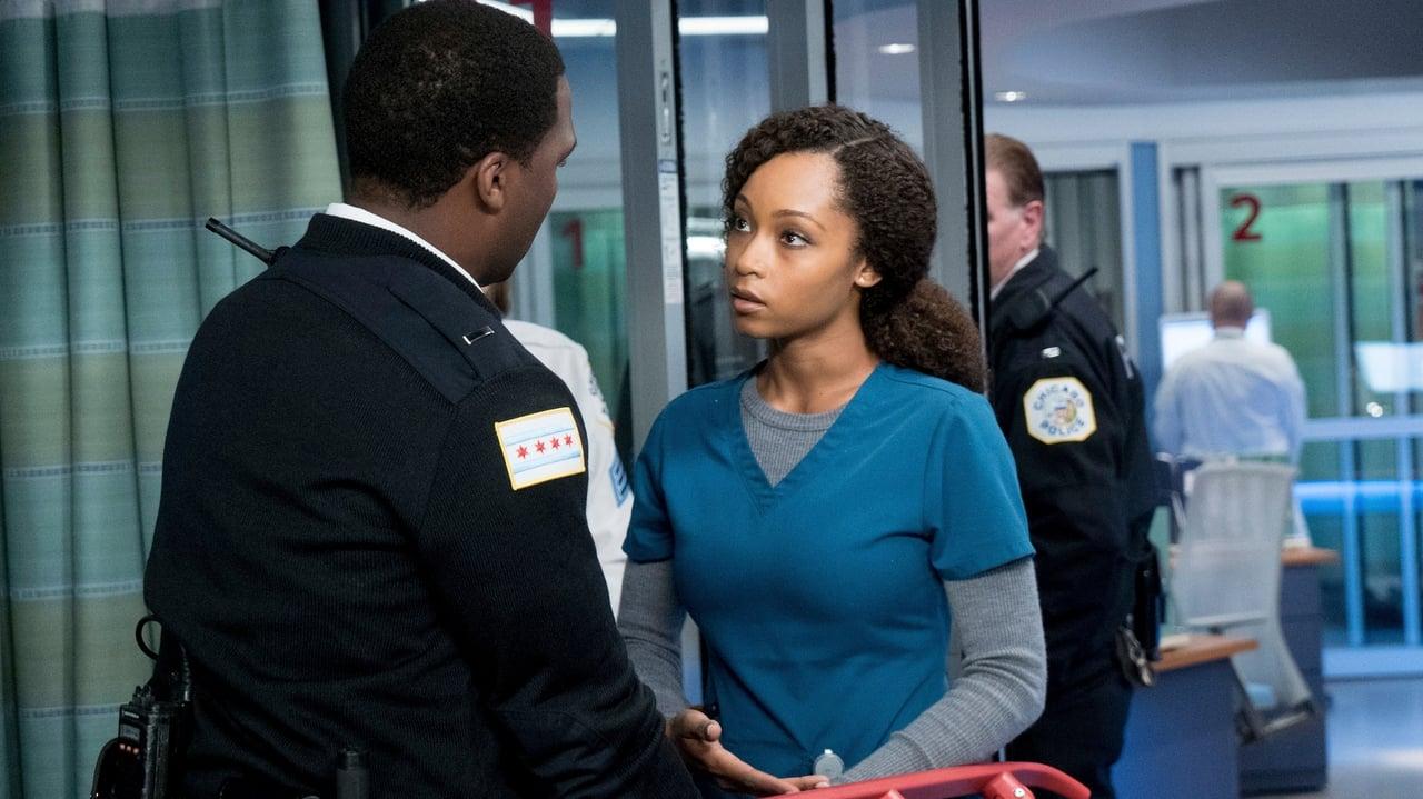 Chicago Med - Season 2 Episode 10 : Heart Matters