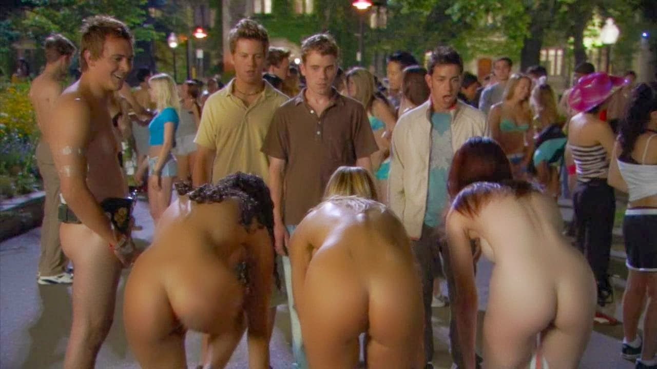 Nude Scenes From The Movie The Naked Mile 70