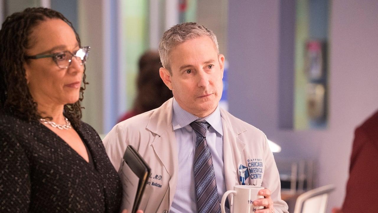 Chicago Med - Season 2 Episode 22 : White Butterflies