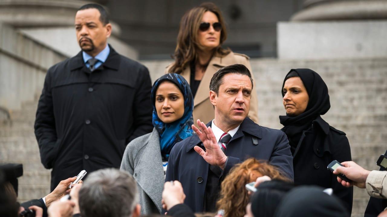 Law & Order: Special Victims Unit - Season 18 Episode 21 : Sanctuary (2)