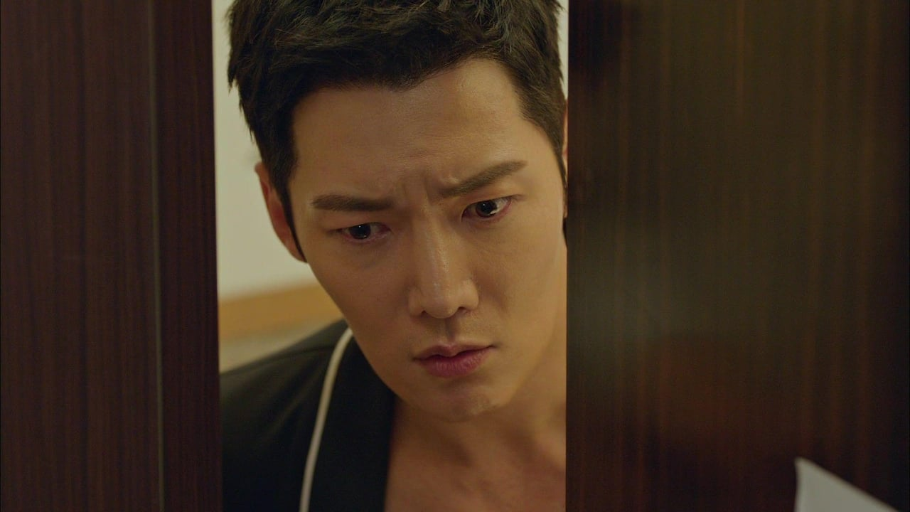 Mr. Queen - Season 1 Episode 1 : Jang Bong Hwan in Wonderland (2021)