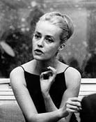 Jeanne Moreau isFlorence Carala