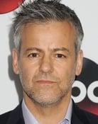 Rupert Graves isGreg Lestrade
