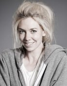 Vanessa Kirby Picture