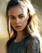 Courtney Eaton Picture