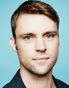 Jesse Spencer isRobert Chase