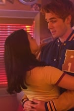 Riverdale S02E02
