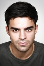 Picture of Sean Teale