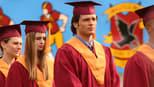 Smallville: As Aventuras do Superboy: 4 Temporada, Formatura
