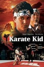 Karate Kid: Karate ist mehr als nur Kampf. Diese Lektion wird Daniel, ein Teenager aus dem San Fernando Valley, von einem äußerst unkonventionellen Lehrer lernen: Mr. Miyagi, einem älteren Handwerker und Karate-Meister. Als er Daniel vor Angriffen der Cobra Kai rettet, einer brutalen Gang aus Karateschulschlägern, schärft Miyagi seinem jungen Freund die Bedeutung von Ehre und Selbstvertrauen ein und schult ihn in der Kunst der Selbstverteidigung. Diese Lektionen werden überlebenswichtig, als der hoffnungslose Außenseiter Daniel bei einem verrohten Karatemeisterschaftskampf im Valley auf den sadistischen Anführer der Cobra Ka, Johnny, trifft.