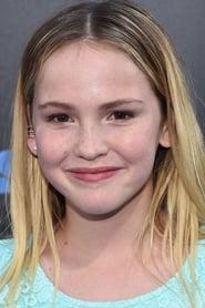 Talitha Bateman es Alexis Logan