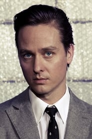Tom Schilling Never Look Away