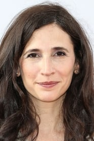 Michaela Watkins Under the Eiffel Tower