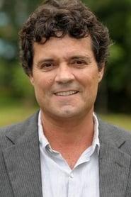 Felipe Camargo isLuís