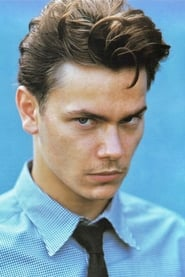 Profile picture of River Phoenix
