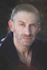 Mark Ivanir es Aleksei