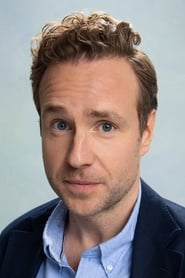 Photo de Rafe Spall George