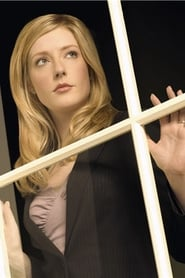 Jennifer Finnigan has today birthday