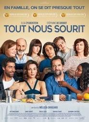 Regardez Tout nous sourit Online HD Française (2020)
