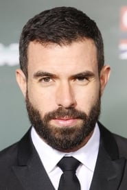 Tom Cullen isRichard Harrington