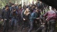 The 100 - Season 1 Episode 4 : Murphy's Law