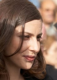 Anna Mouglalis has today birthday