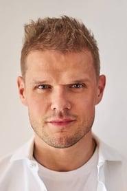 Vladimir Yaglych, personaje Anton