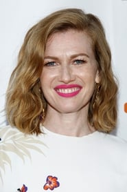 Photo de Mireille Enos Karen Lane