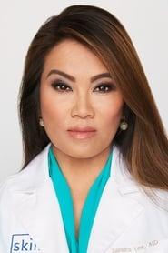 Sandra Lee Headshot