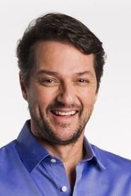 Marcelo Serrado isCélio (segment