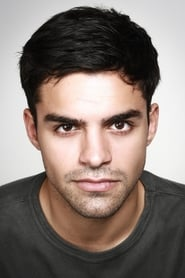 Mas series con Sean Teale