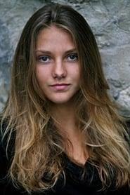 Emma Besson isKalinka à 14 ans