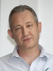 Hristo Shopov isWarden Kuss