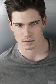 Tanner Novlan